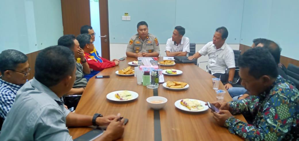 Kapolsek Cikande Hadiri Rapat Kordinasi Unjuk Rasa Aliansi Buruh Banten
